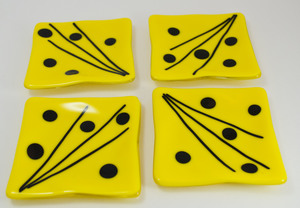 Thumb yellow with black dots coasters