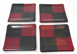 Thumb black red square coasters